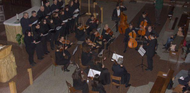 Le voci della musica sacra, la memoria della Città e la preghiera della Chiesa per il ricordo di padre Aristide a Erba